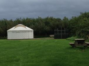 yurt-and-kitchen